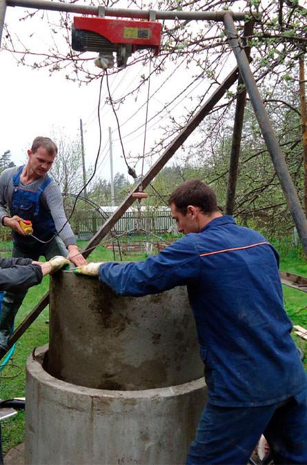 Как мы углубляем колодец в Можайском районе