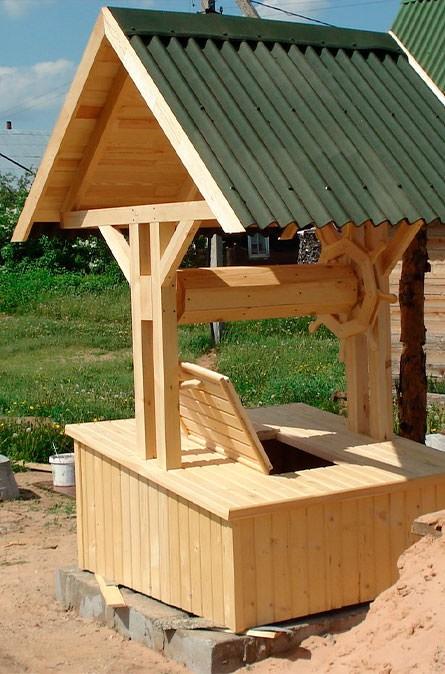Какие у нас домики для колодца в Можайском районе